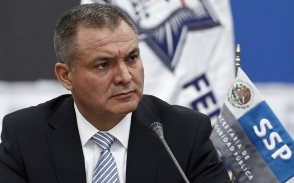 AMLO Buscaremos rescindir contratos de penales de la gestión de García Luna