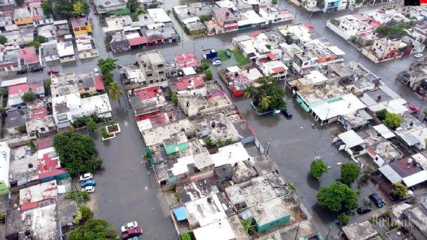 Onda Tropical 29 deja a Chetumal 'bajo el agua'; calles y avenidas lucen  inundadas   PorEsto